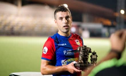 El Langreo se hace con el Trofeo José María Villanueva