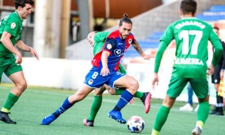 Reparto de puntos en el segundo duelo asturiano para el Langreo (1-1)