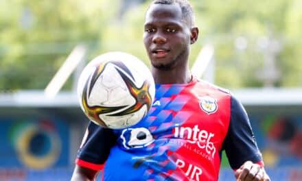 """Arona Sané: """"Vengo a aportar para que el club esté lo más arriba posible"""""""