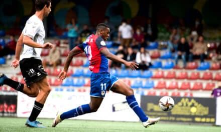 Mansour priva al UP Langreo de la victoria